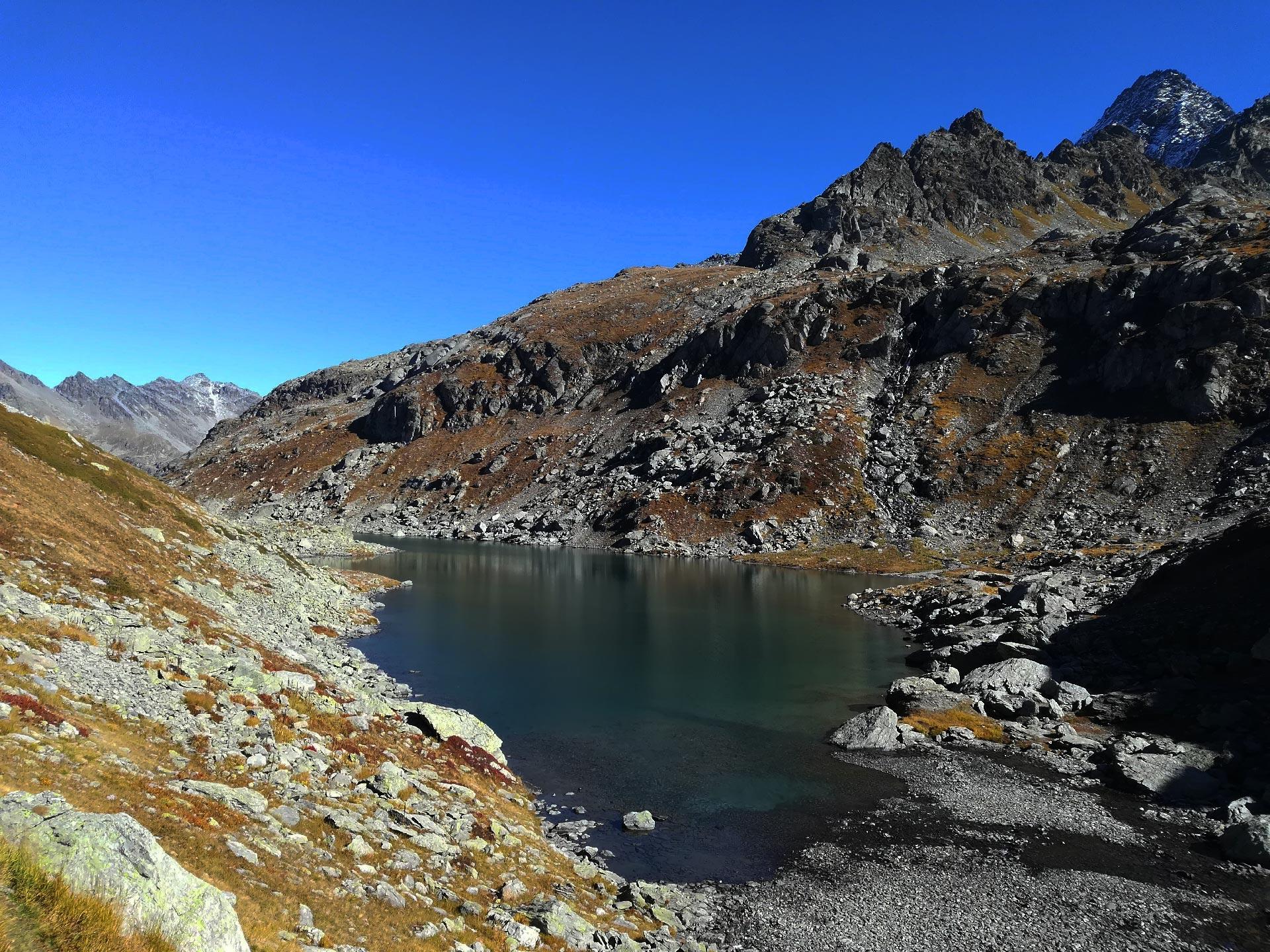 Il primo lago di Belle Combe