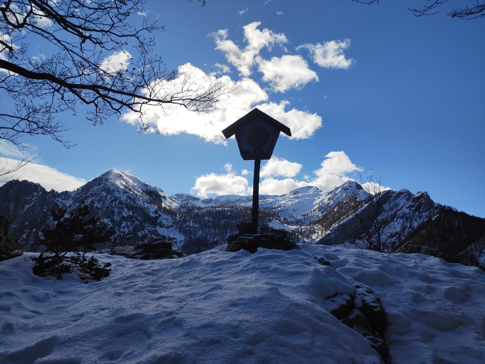 Trekking invernali in Valsassina: panorama sul Grignone