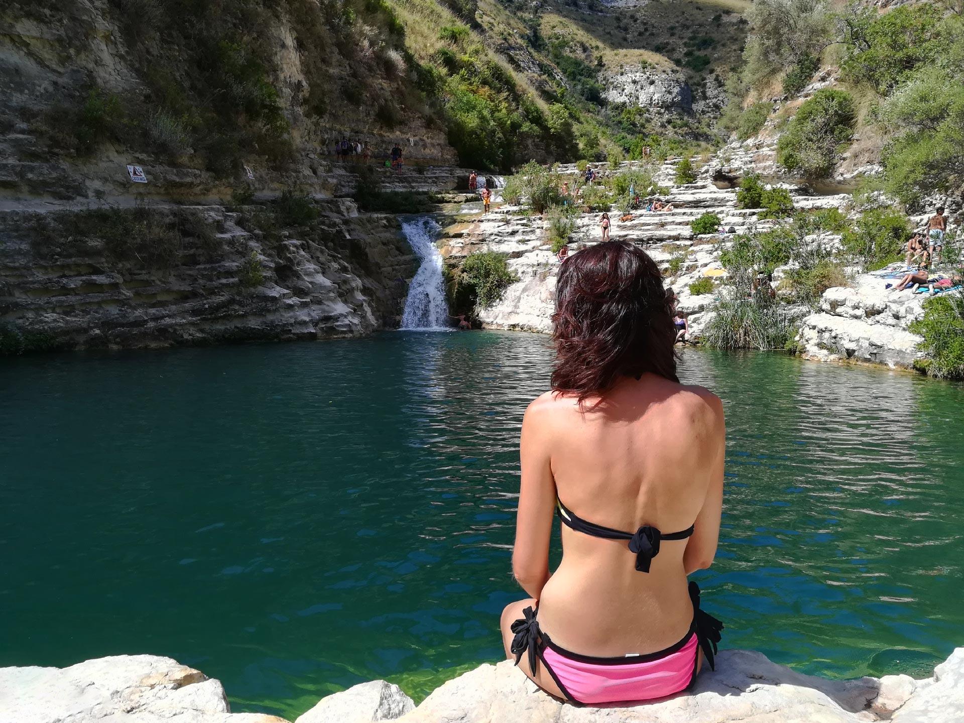 Riserva Naturale di Cavagrande del Cassibile: scorcio del laghetto Rotondo, Siracusa, Sicilia