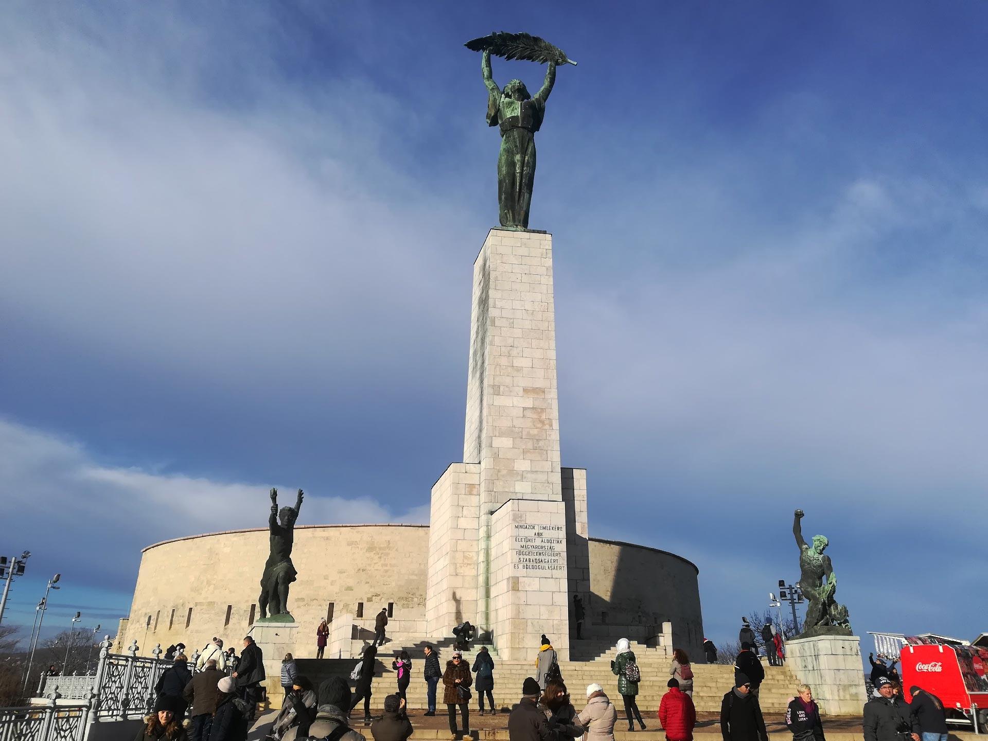 Monumento alla liberazione sulla collina Gellert
