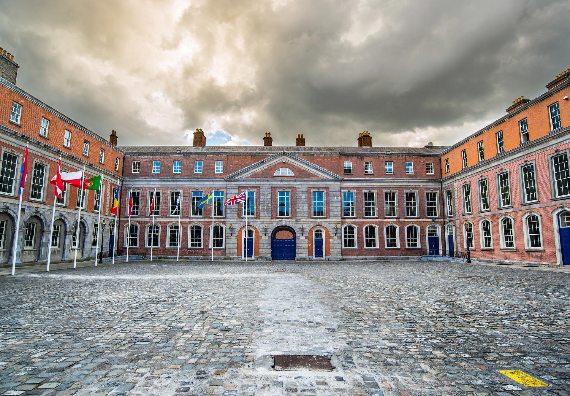 Il cortile interno del Castello di Dublino