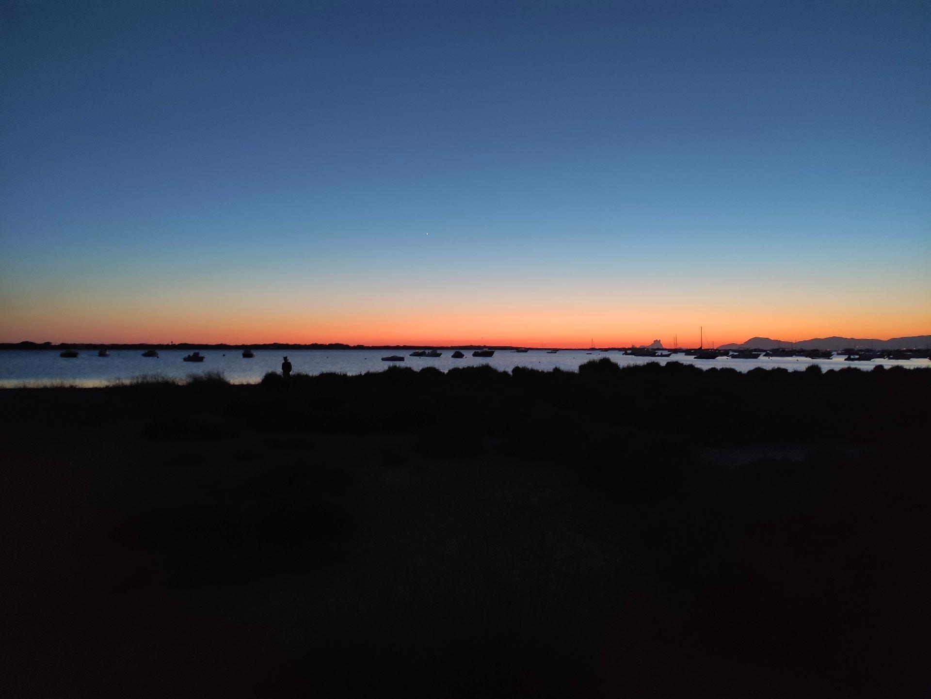 Il Tramonto sul lago salato Estany Pudent