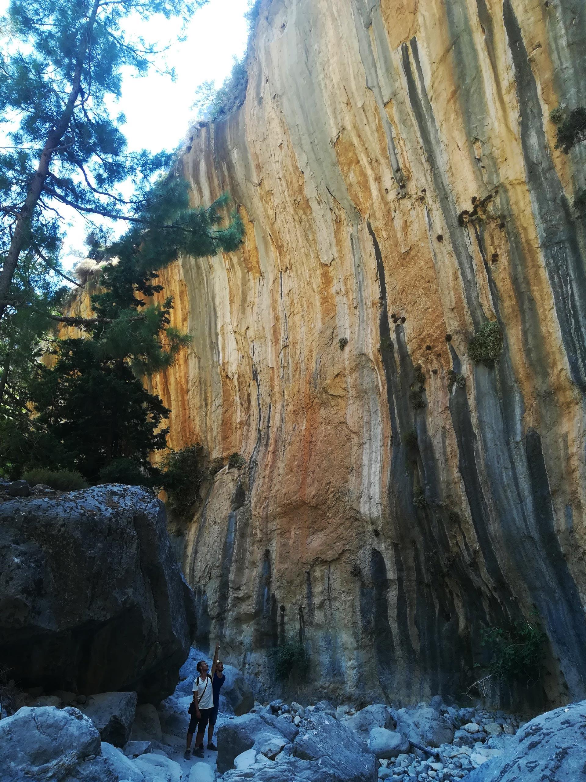 una parete rocciosa delle Gole di Samaria, Creta, Grecia
