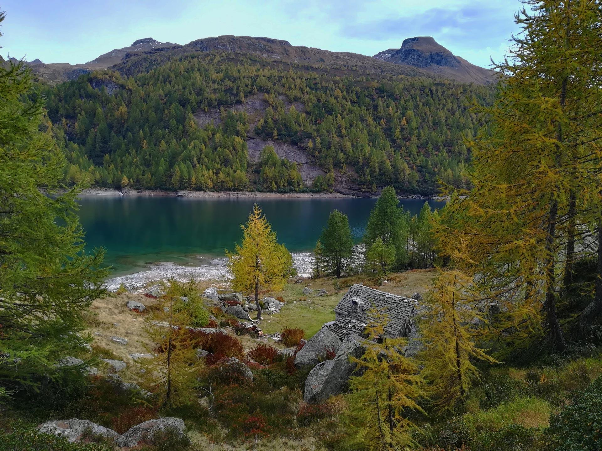 uno scorcio del lago Devero, Verbania, Piemonte