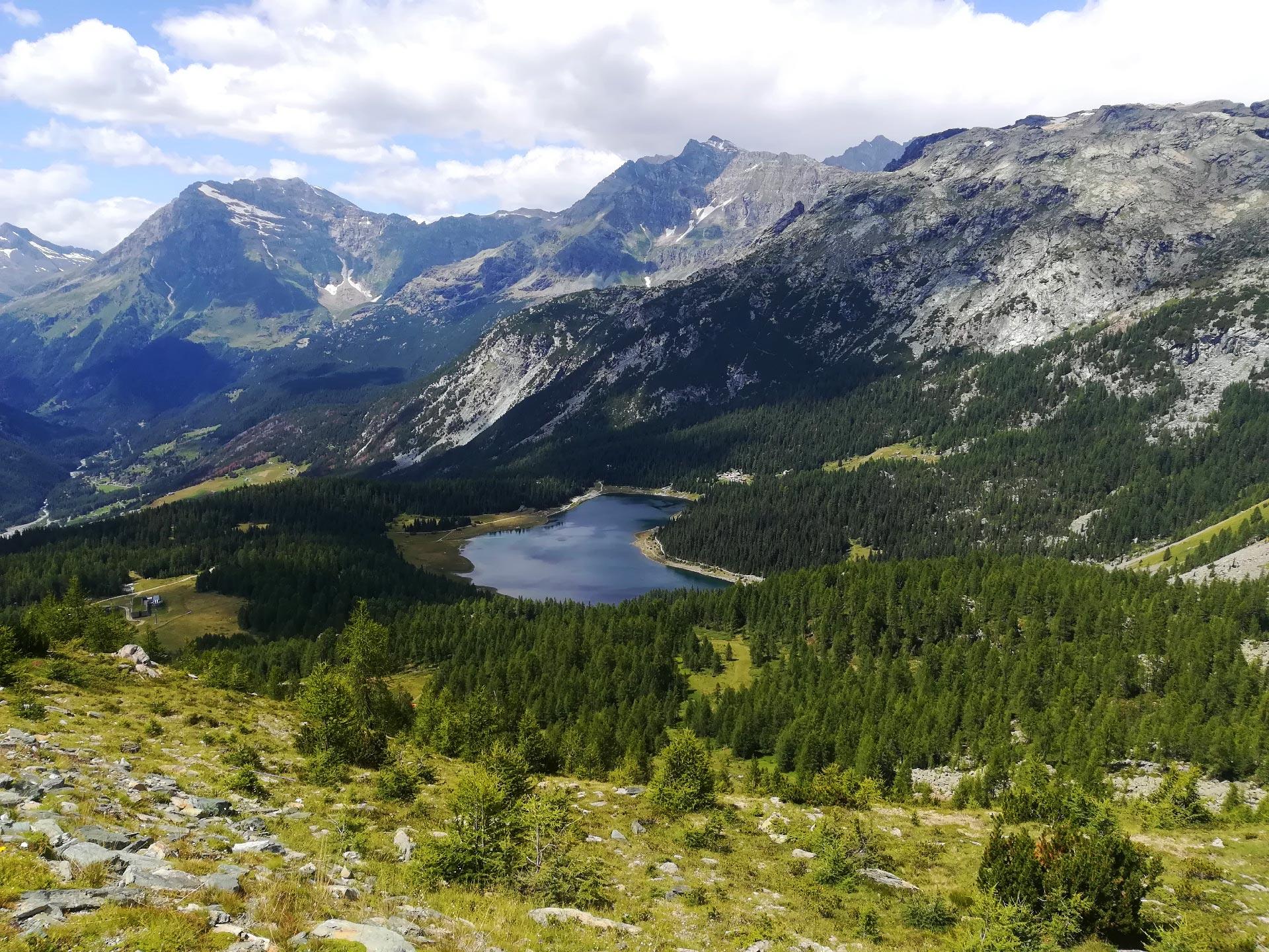 Veduta dall'alto del lago Palù, Valmalenco, Lombardia