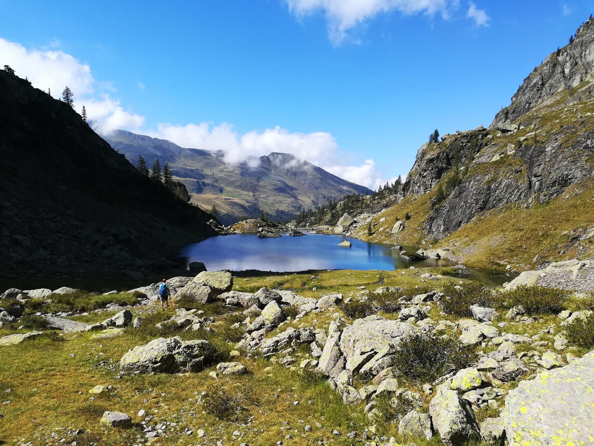 in lontananza il lago Zancone, Val Gerola, Lombardia