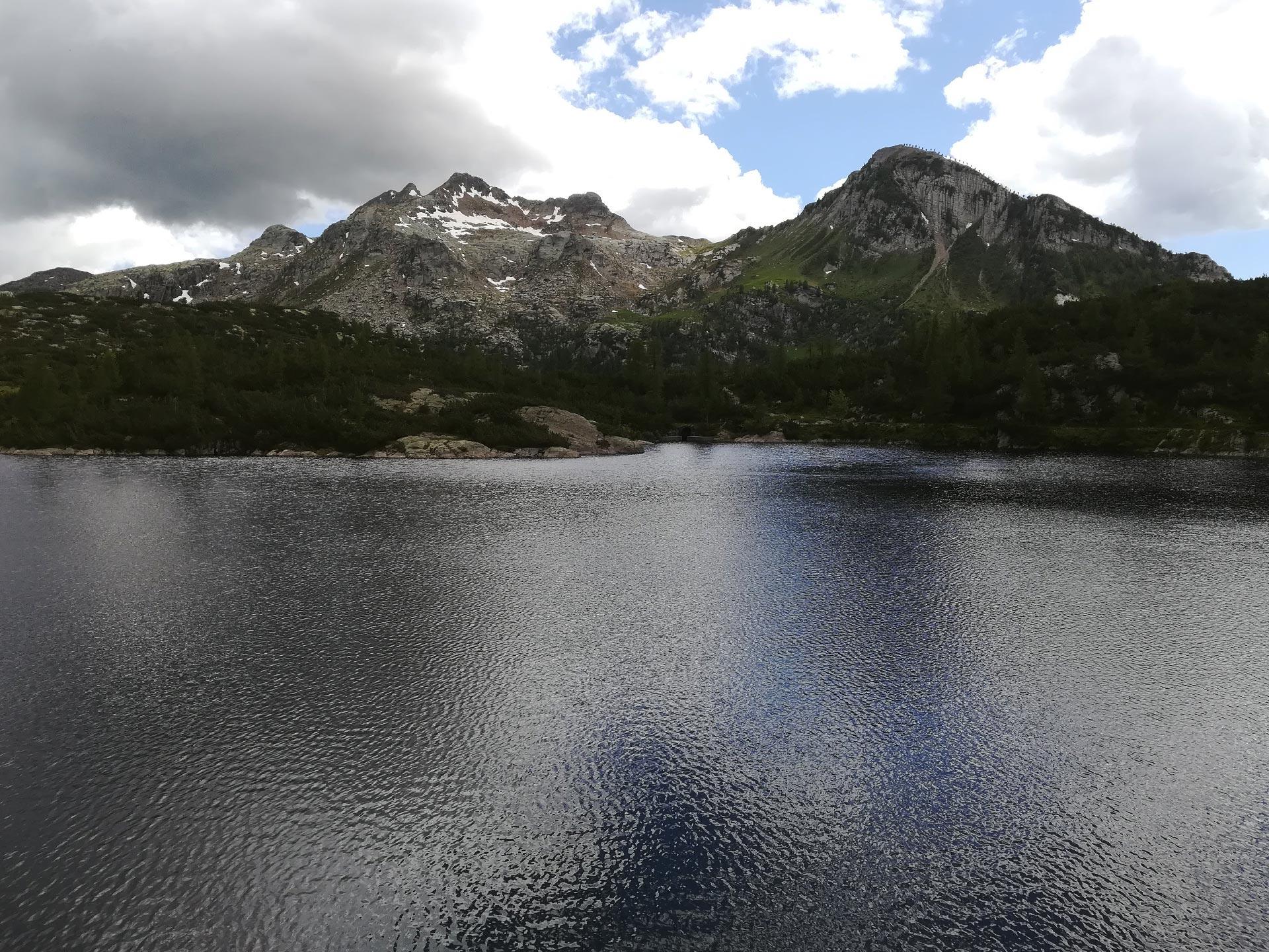 Veduta del lago Becco, Val Brembana, Lombardia