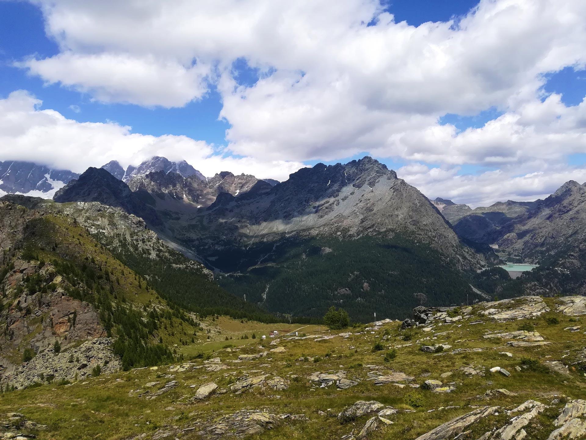 panorama da Monte Motta sulle cime circostanti, Valmalenco, Lombardia