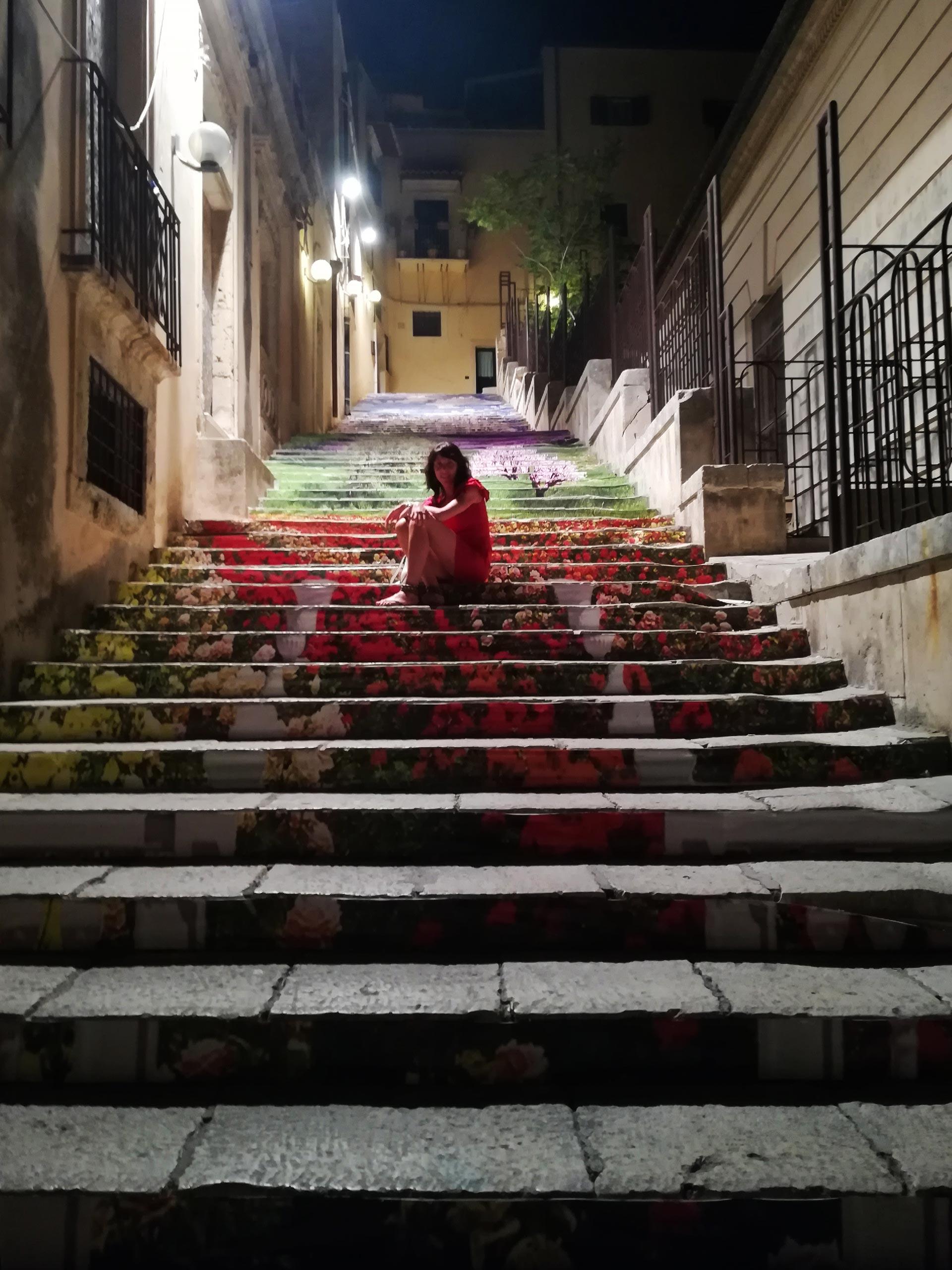 Noto: particolare scalinata