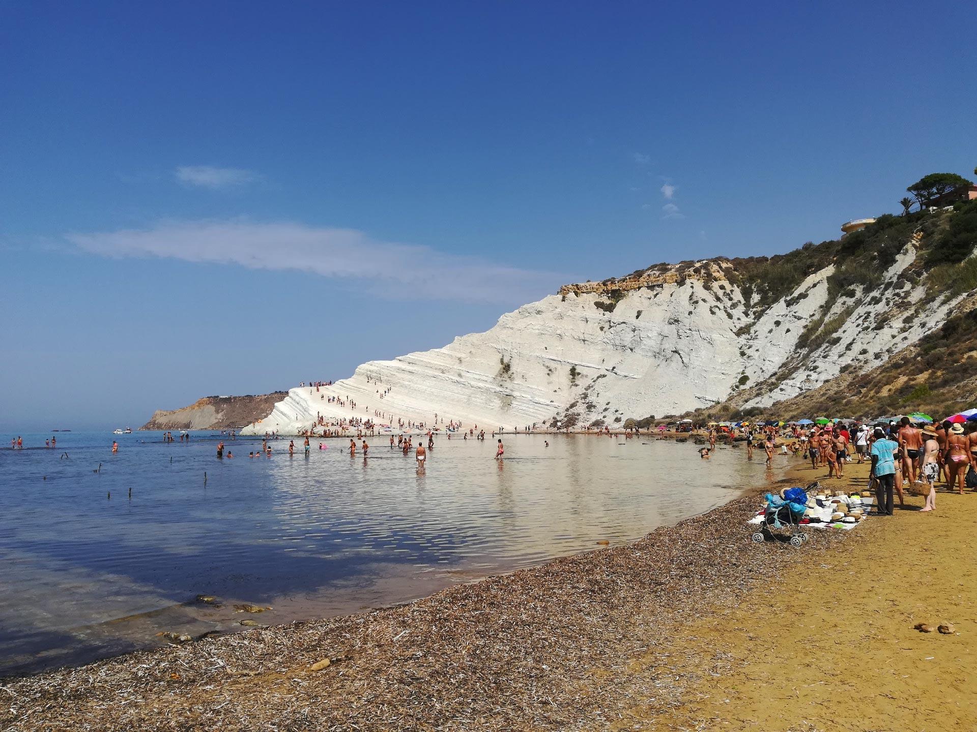 scorcio della Scala dei Turchi dalla spiaggia, Agrigento, Sicilia