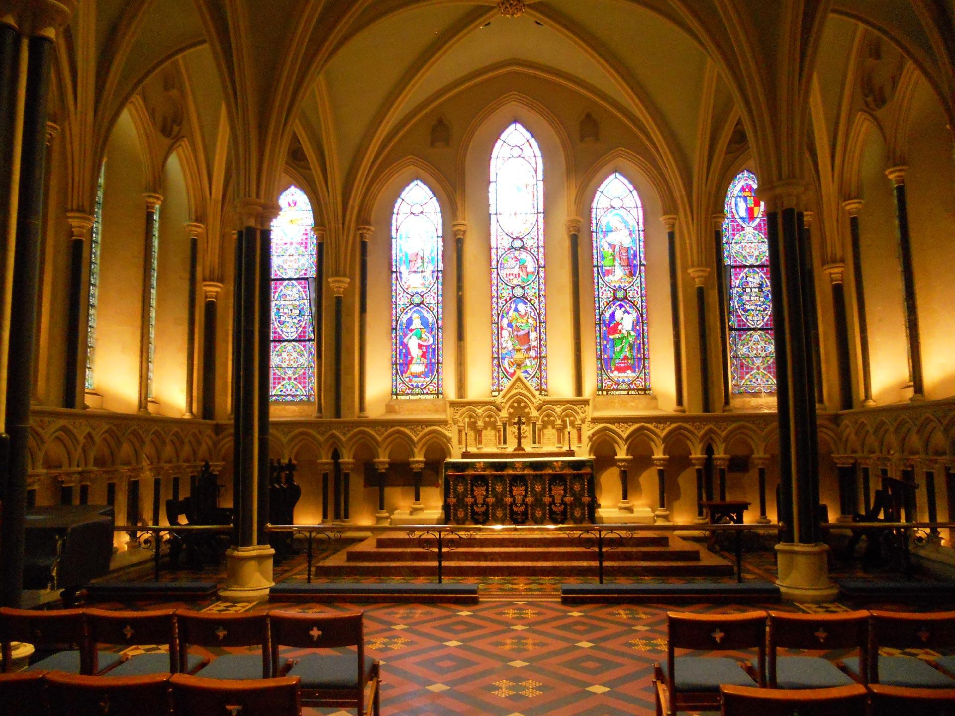 Gli interni della St. Patrick Cathedral