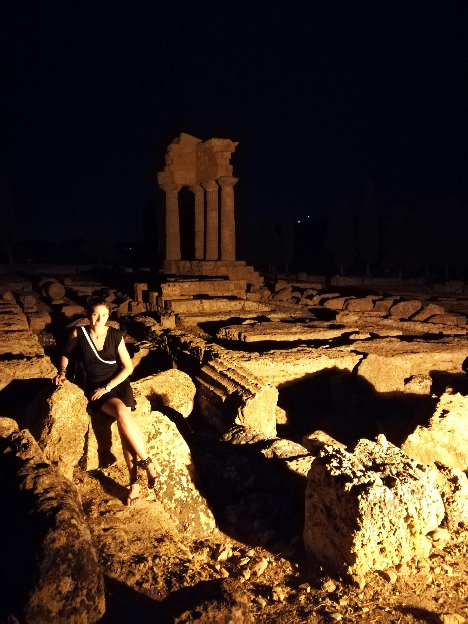 Scorcio notturno sulla Valle dei Templi